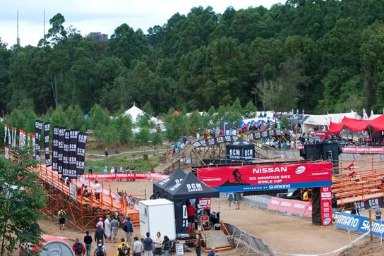 Zieleinfahrt für Fourcross als auch den Downhill! Pic: Sebastian Schieck
