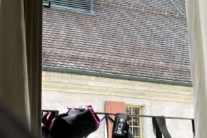 Die Schöne & das Biest. Schöne Altstadt von Solothurn und die biestigen Schoner von Ludwig! Pic: Charles