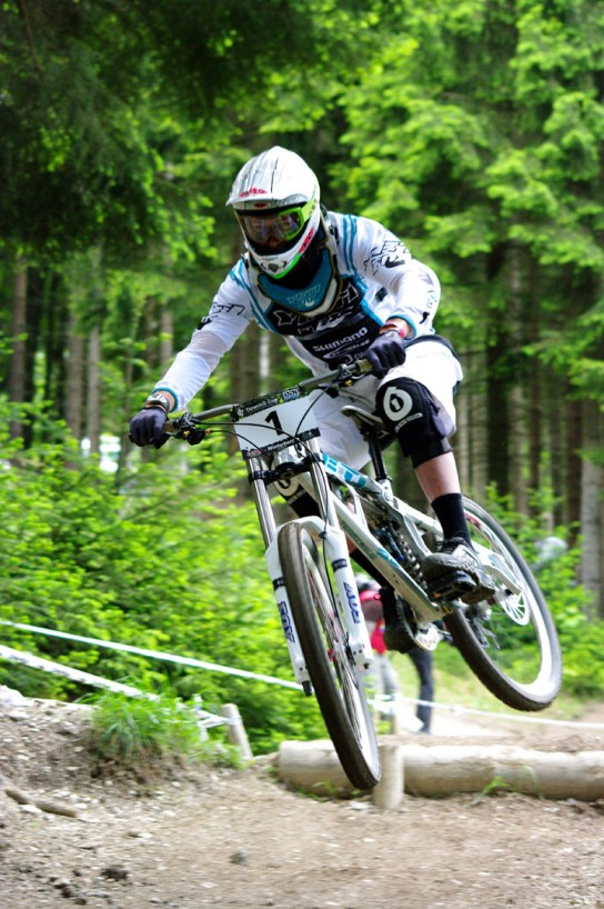 Sam Blenkinsop sowie das gesamte Yeti Team waren in Winterberg am Start. Sweet! Pic: Kjeldy