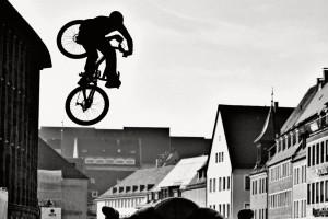 Schon einige Zeit her aber immer noch eines meiner Favourits. Kyle Strait beim Red Bull District Ride in Nürnberg. Pic: Sebastian Schieck