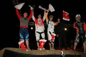 The Winner takes it ALL! Ich versuch mal (v.l.n.r.) Rick Schubert, Aiko Göhler, Daniel Jahn, Petr Muhlhans und am Mic Robin Seifarth/Eugen